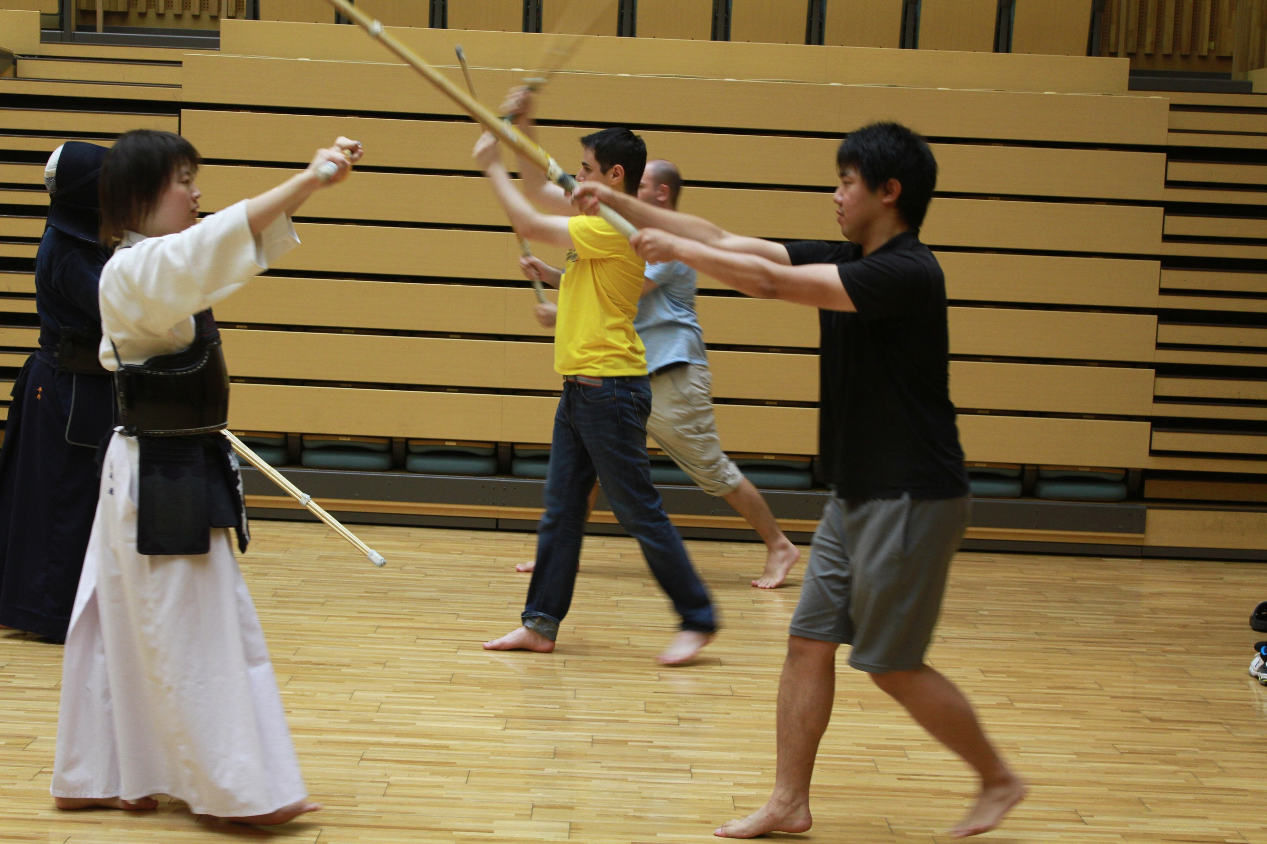 Beginners practicing at NAIST Kendo Club.